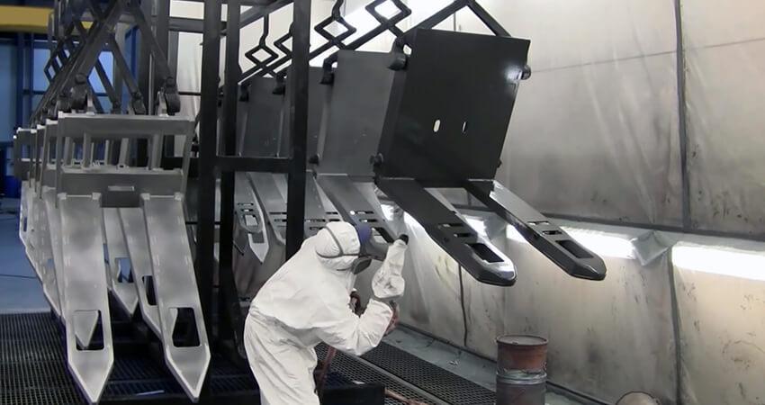 Обслуговування обладнання для порошкового фарбування